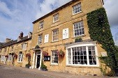 The Kings Hotel in Chipping Campden, en route of our 'From a castle and the Cotswolds' bike tour