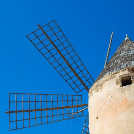 old windmills on our cycling holiday in Mallorca with unique routes and 4 luxury boutique hotels